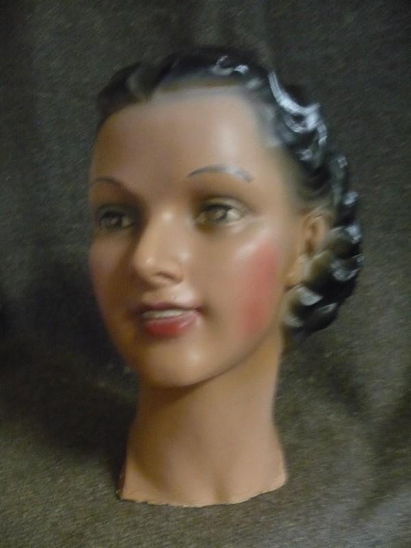 Buste femme plâtre