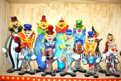 Collection de clowns en verre